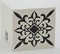 GIFT CARD BAZAAR-White/Black